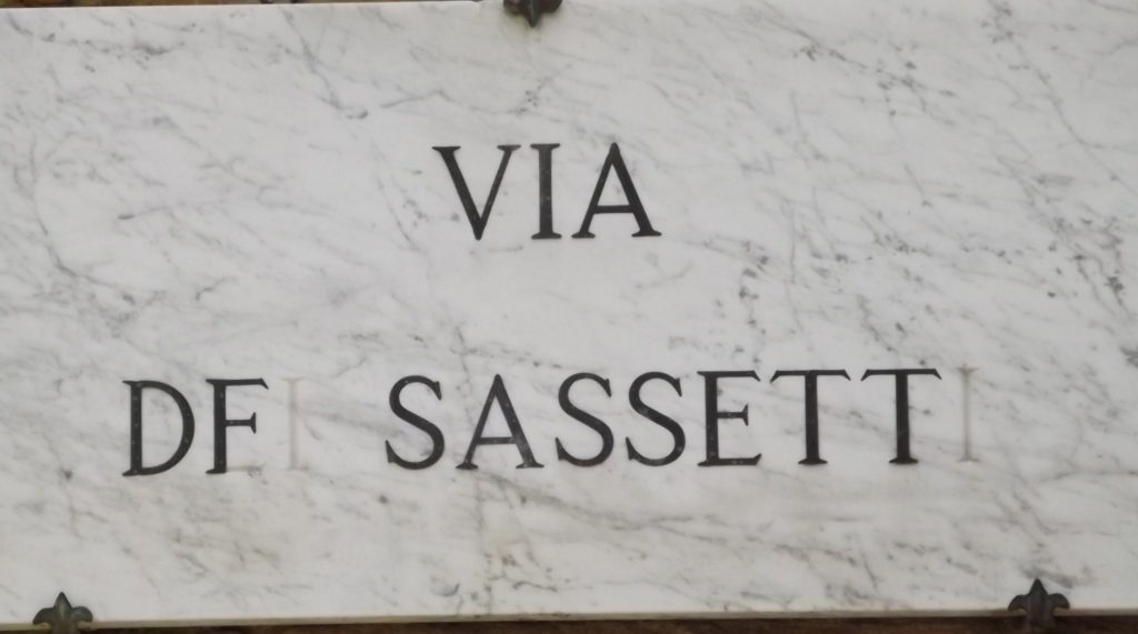 street sign for VIa de Sassetti