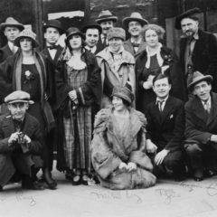 members of avant garde in Paris in 1920s