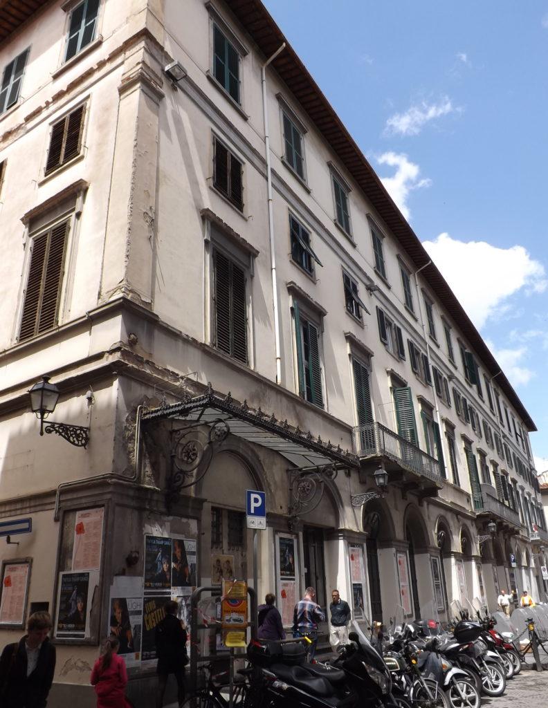Theater Verdi, corner view