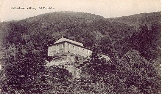 early postcard of Paradisiomo, perched on hillside