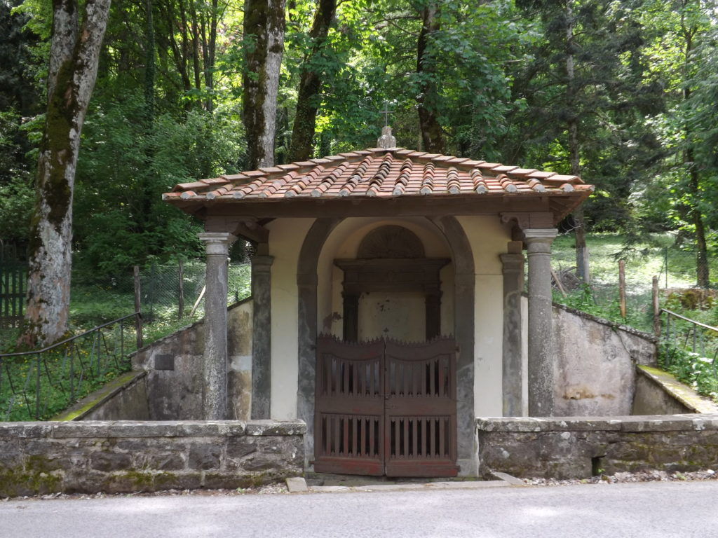 Shrine on road between Vallombrosa and Saltino